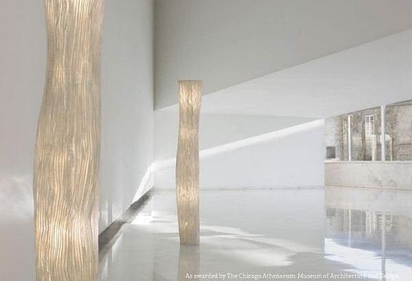 22-Llum-de-peu-model-Gea-dArturo-Alvarez.-Distribueix-Squadra-a-Barcelona.